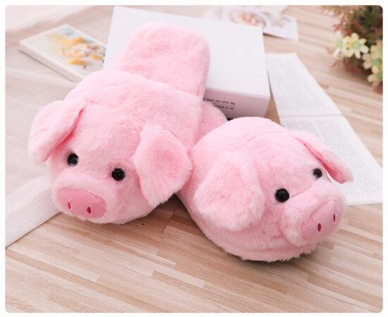 śmieszne różowe kapcie świnki