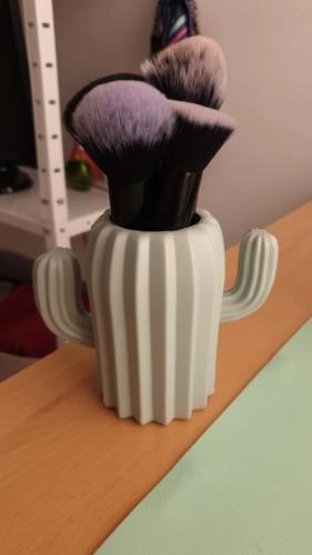 Organizer na biurko w kształcie kaktusa photo review