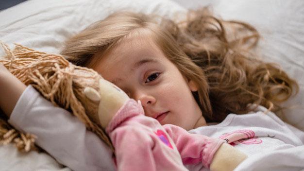 czy lalka dla rocznej dziewczynki to dobry prezent?