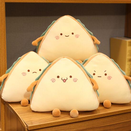 pluszak w kształcie kanapki w czterech różnych wzorach