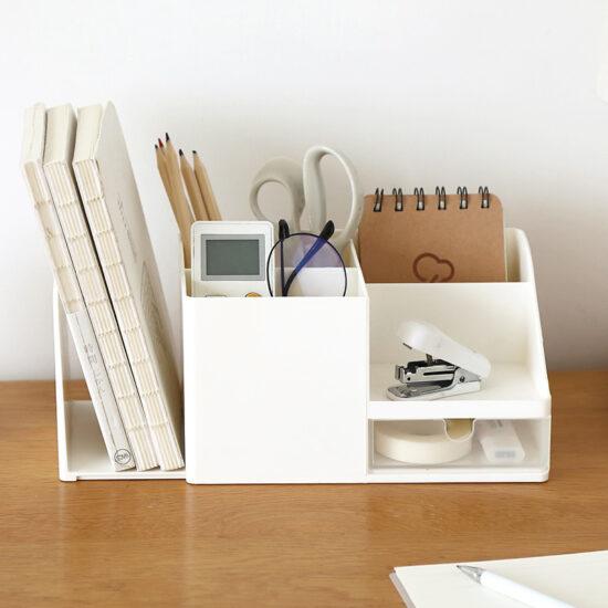organizer na biurko z przegrodą na książki
